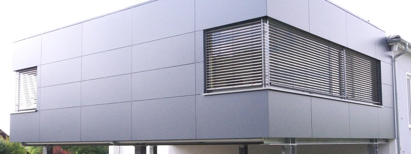 witterungsbeständige Verkleidungsplatten für Fassade aus Kompaktplatten auf Metallständerwerk