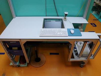 ESA Arbeitsplatte aus HPL Kompaktplatte mit Plattenkonfektionierung