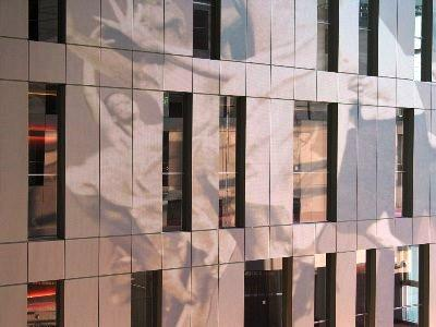 dekorative Fassadenverkleidung aus HPL Platten mit Digitaldruck Motiv