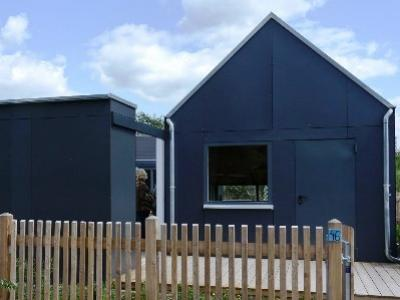 Hpl kompaktplatten als carport und balkonverkleidung vom presswerk mainleus - Gartenhaus fassadenplatten ...