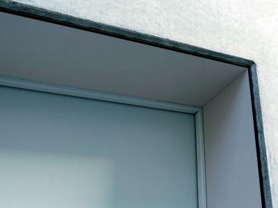 Türrahmenverkleidung aus HPL Schichtstoffplatten kompakt